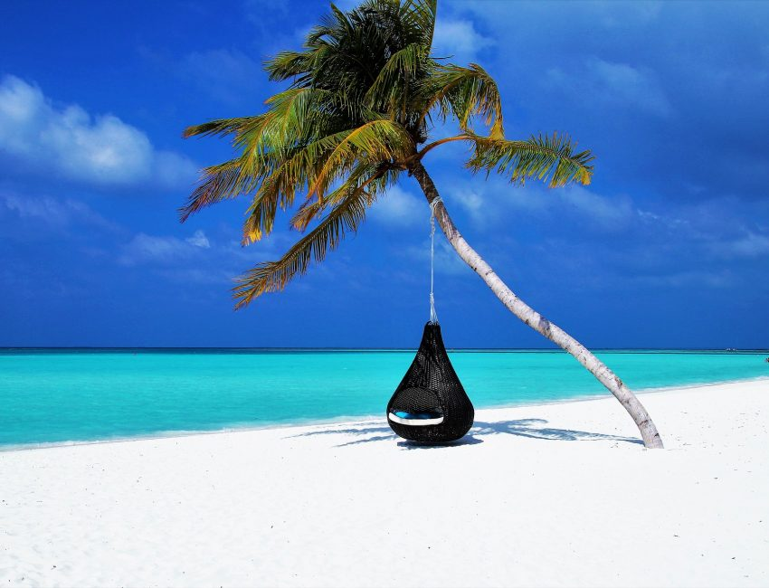 maldives-3220702_1920