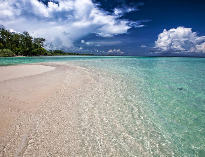white-sand-beach-2252020